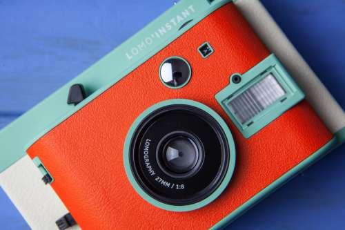 Minimal Retro Camera