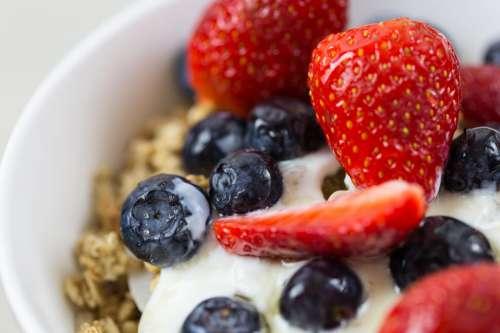 Yogurt & Granola Cereal