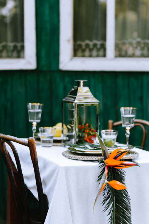 Elegant Exotic Table Decor