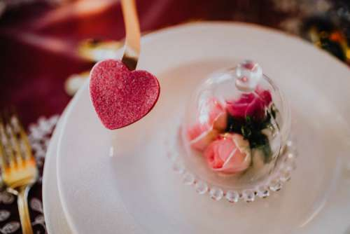 Table Decorations & Flowers for Valentine