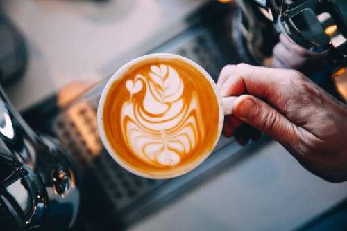 Barista latte art Free Photo