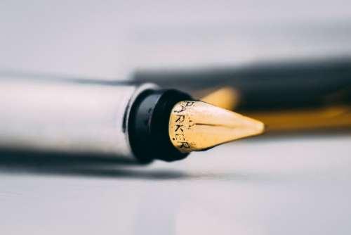 Fountain Pen Writing Free Photo