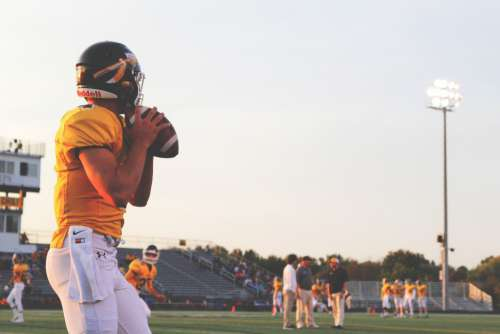 Football Quarterback Free Photo
