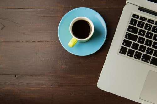 Black Coffee MacBook Desk Free Photo