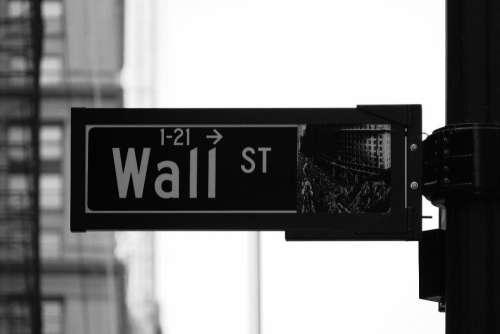 Wall Street Sign Free Photo