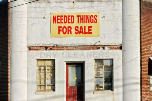 Need Things For Sale Sign Free Photo