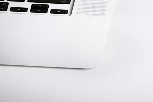 MacBook Corner Minimal Free Photo