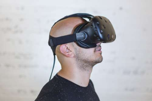 Man Virtual Reality Free Photo