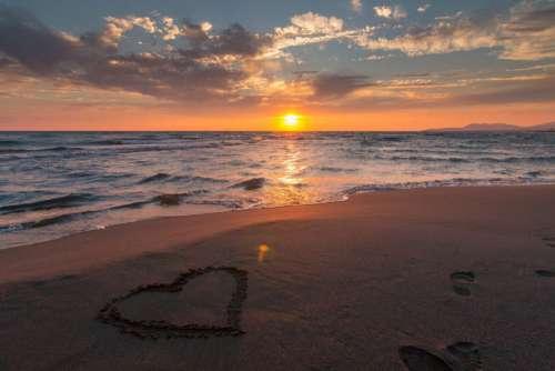 Love Heart Beach Sunset Ocean Free Photo