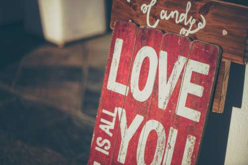 Love Vintage Sign Free Photo
