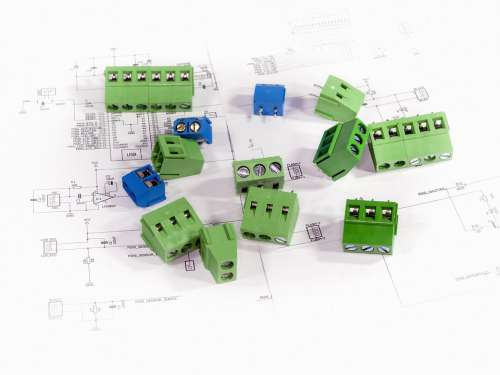 Electronic Components Plugs Connections