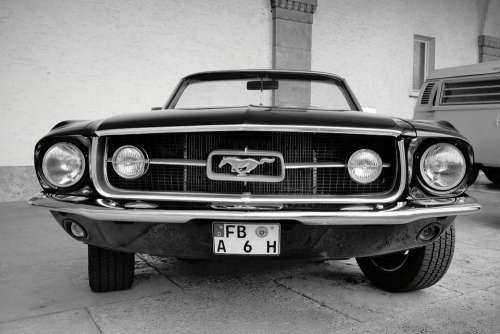 Ford Mustang Auto 6T 1967 Classic Automotive