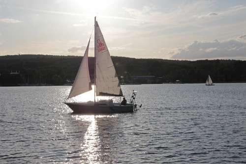 Lake Water Yacht Sailing Boat Water Sports Leisure