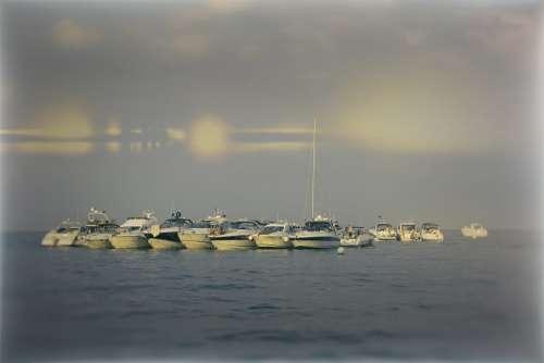 Sea Boats Water Vacations Mood Lake Summer Ocean