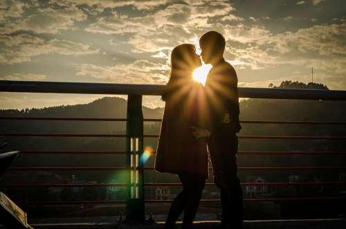 Sunny Loves Couple Romantic Sky Sun