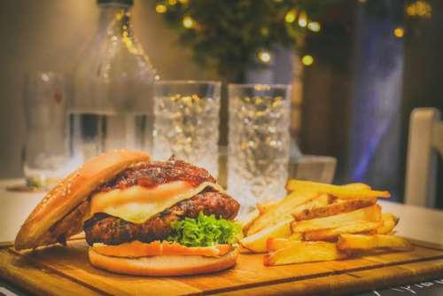 beef bread bun burger calories