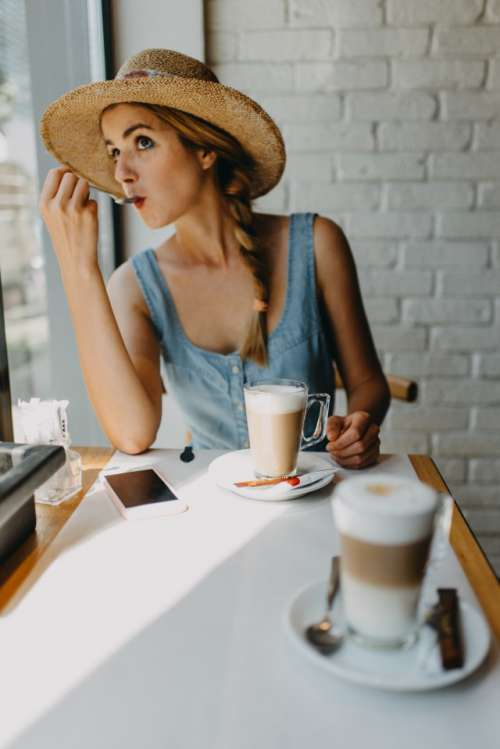 girl having coffee