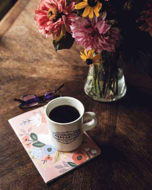 coffee flowers table cup desk