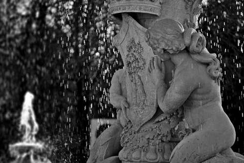 Statue Water Fountain Sculpture Figure Hidden