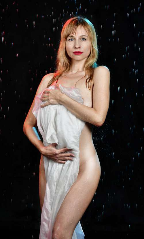 Rain Spray Photoshoot Wet Body Shooting Nude
