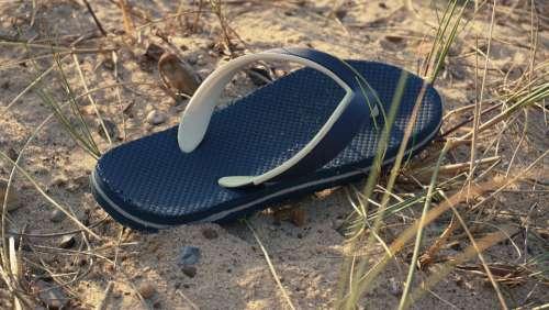 flipflops beach shoes coast sand