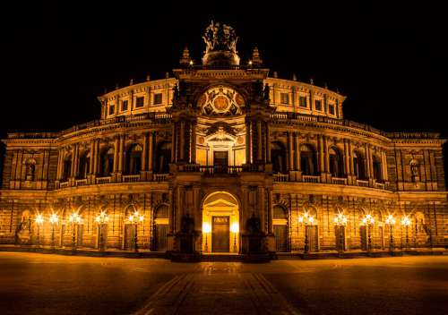Dresden Places Of Interest Semper Opera House Opera