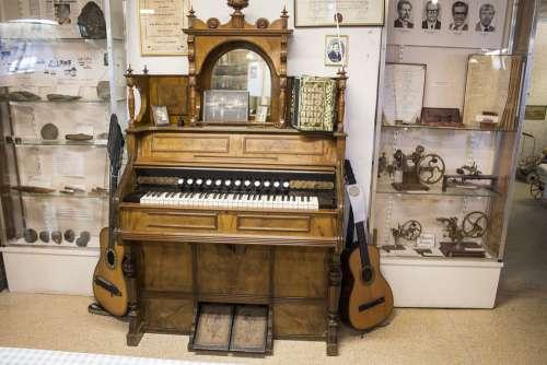 Antique Nostalgia Retro Old Vintage Piano History