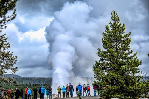 Old Faithful Geyser Thermal Wyoming Steam National