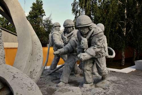Memorial Firefighters Statue Character Sculpture