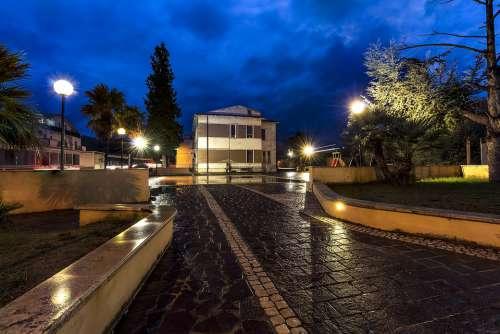 Piazza Rain Blue Architecture City Puddle Wet