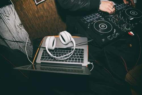 Dj Music Turntable Jockey Volume Set Headset