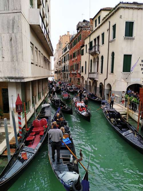 Venice Channel Buildings Italy Romantic Gon