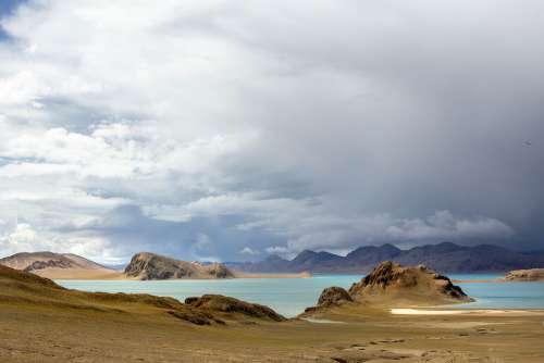 Plateau Lake Cloud