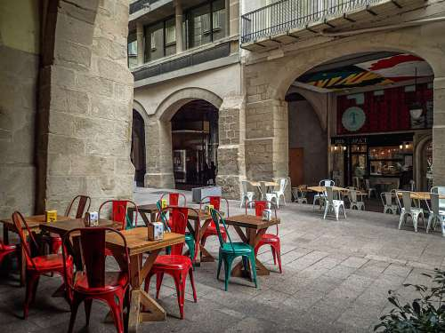 Lleida Street City Cafeteria Chairs Tables Colors