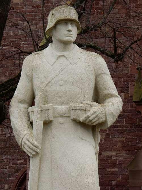 Memorial Soldier War Memory Sculpture Remembrance