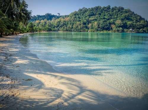 Bay Beach Tropical