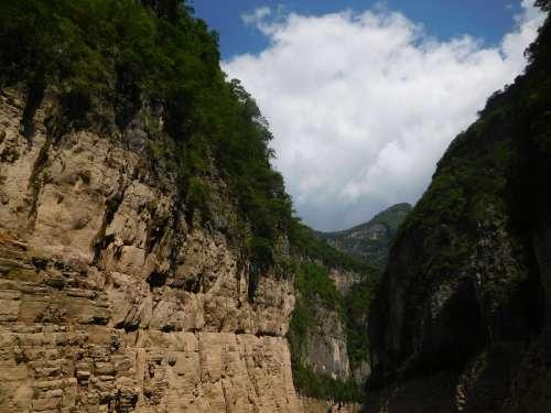 mountains nature mountainous landforms vegetation mountain