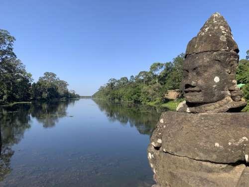 cambodia buddha angkor wat water