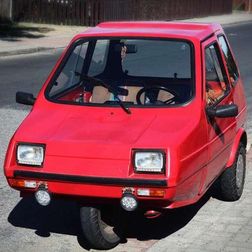 Auto Trzykołowiec Strange Automotive Red