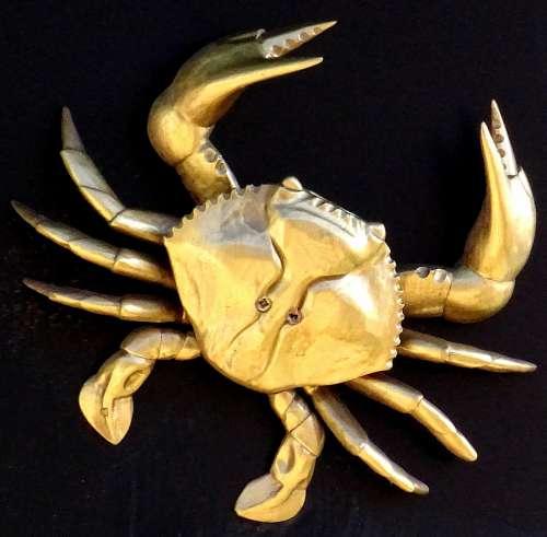 Seafood Restaurant Golden Crab