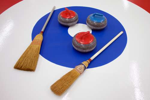 Curling Broom 2
