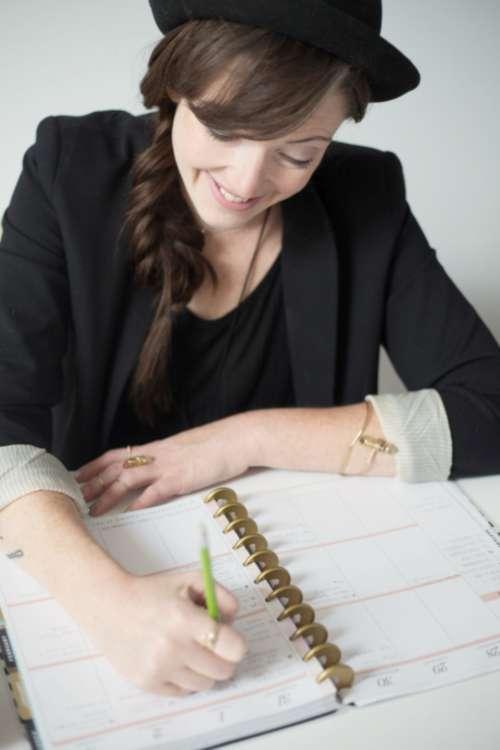 writing female diary ring work