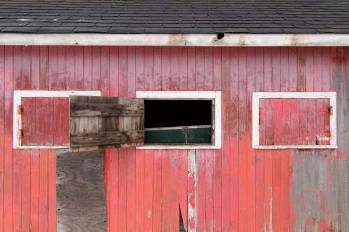 Charming Red Barn Photo