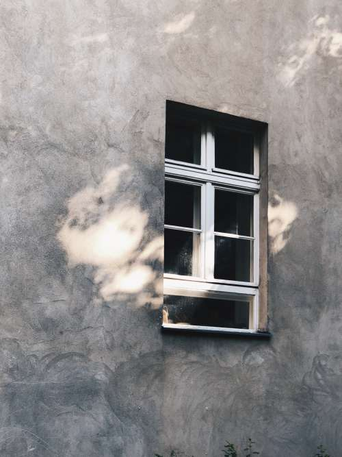 Sunlight Leaks Through An Aesthetic Window Photo