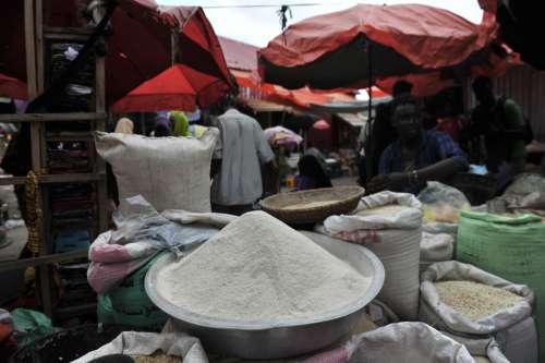 market, cassava flour, gari, exhibition, trade, vendors, corn bag, cereals