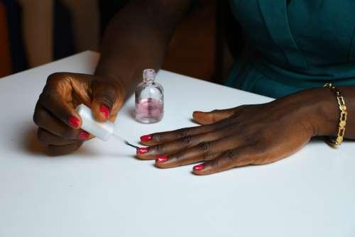 hand, woman, people, gestural, nails, varnishing, aesthetics, beauty care, varnish tools, beautician, aesthetician