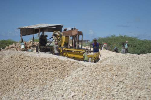 sand, gravel, machinery, men, wheelbarrow, work, labor, strength work, masonry, mason, machine, people, stone quarry