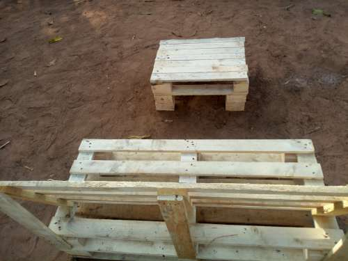 wooden, furniture, seat, wooden pallet, armchair, pedestal table, handmade, DIY, carpentry