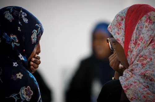 people, women, talk, duo, speak, discussion, conversation, gestural, hijab, muslim