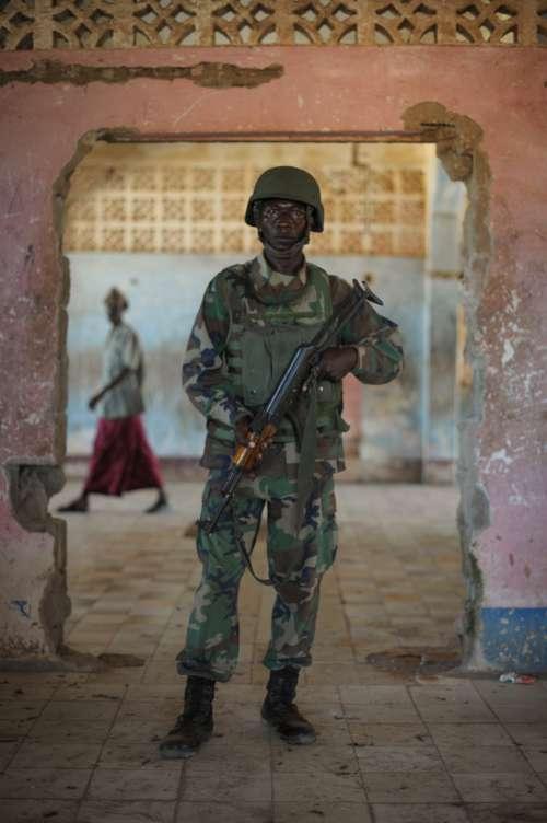 people, man, military, army, look, work, security, gestural, weapon